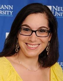 Photo of Dr. Leanne Owen
