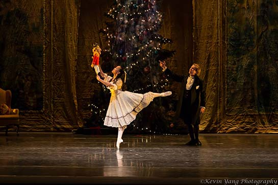Photo of peformance of IBT's The Nutcracker - copyright Kevin Yang Photography