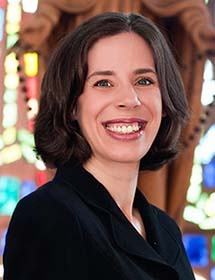 Photo of Dr. Mary Beth Yount